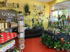 In addition to flowers and plants, Beneva offers a range of gifts and sweets